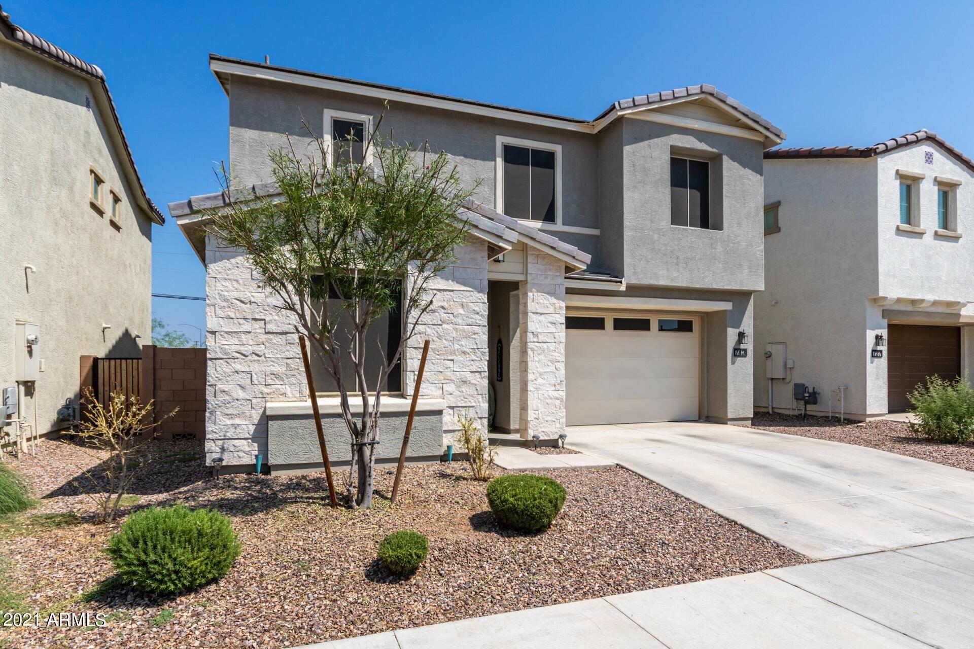 Photo of 743 N Sparrow Drive, Gilbert, AZ 85234 (MLS # 6293997)