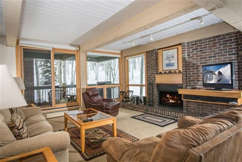 Photo of 855 Carriage Way Leaf 702 #Leaf 702, Snowmass Village, CO 81615 (MLS # 158295)