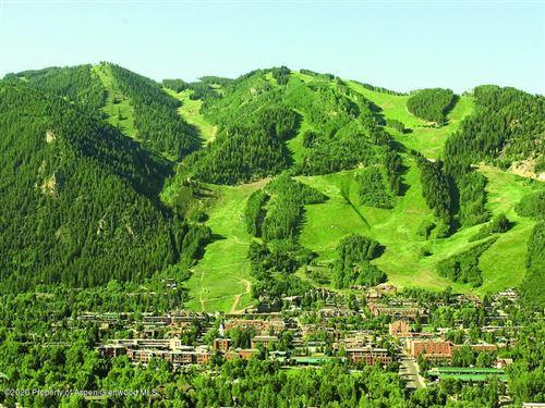 Photo of 301 Lake Avenue, Aspen, CO 81611 (MLS # 162369)