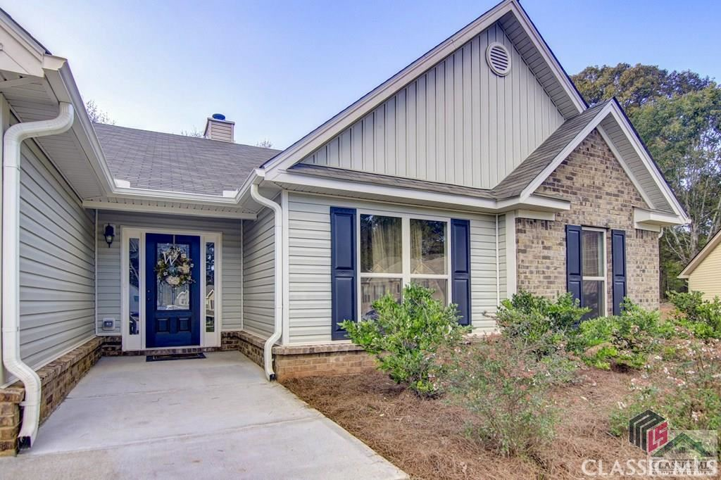 Photo of 376 Thoroughbred Trail, Monroe, GA 30655 (MLS # 978112)