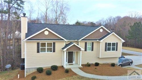 Photo of 2127 Crown Park Drive, Winder, GA 30680 (MLS # 979119)