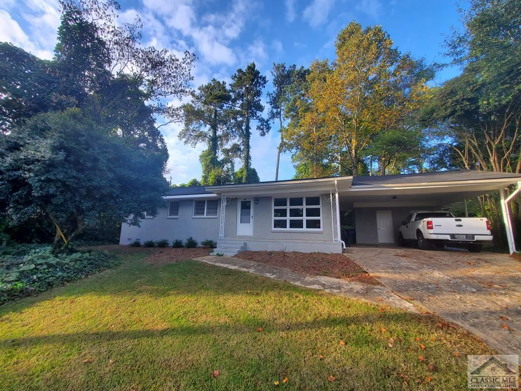 Photo of 135 Pineview Drive, Athens, GA 30606 (MLS # 978126)