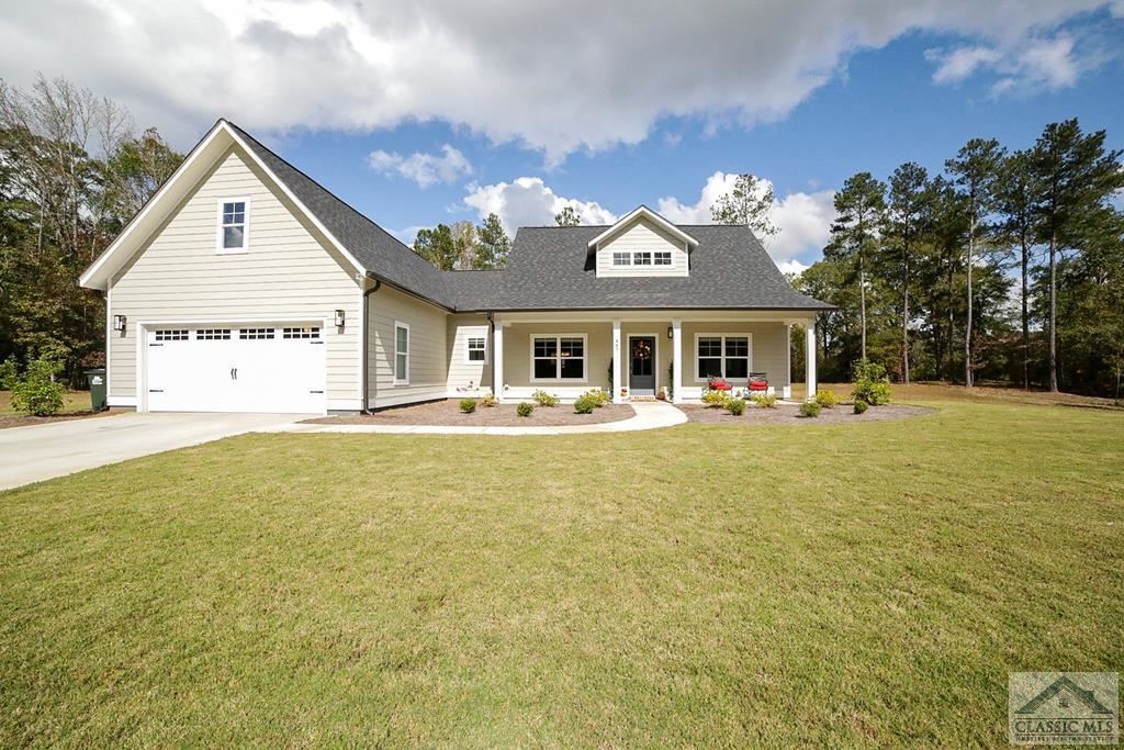 Photo of 447 Summertime Drive, Winterville, GA 30683 (MLS # 978132)