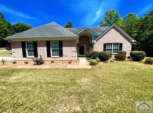Photo of 104 Manor Place, Commerce, GA 30530 (MLS # 981176)