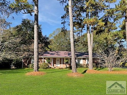 Photo of 731 Virginia Lane, Hull, GA 30646 (MLS # 978503)