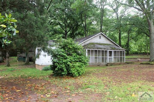 Photo of 8181 Hog Mountain Road, Statham, GA 30666 (MLS # 975521)