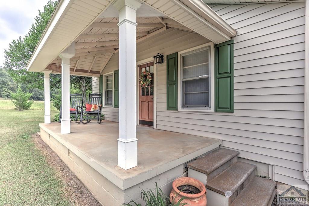 Photo of 6050 Smokey Road, Athens, GA 30601 (MLS # 977659)