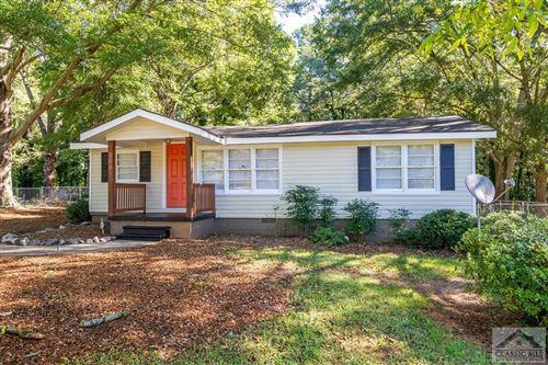 Photo of 236 Carwood Drive, Monroe, GA 30655 (MLS # 983805)