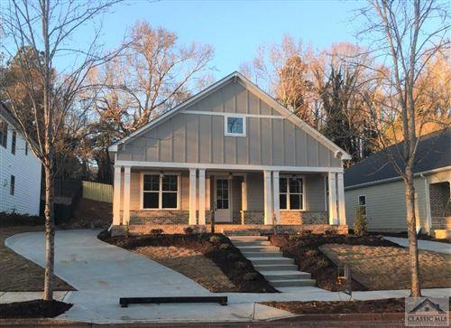 Photo of 325 Edgewater Drive, Athens, GA 30605-2356 (MLS # 977994)