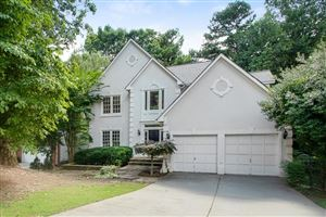 Photo of 1865 Oak Tree Hollow, Alpharetta, GA 30005 (MLS # 6589002)