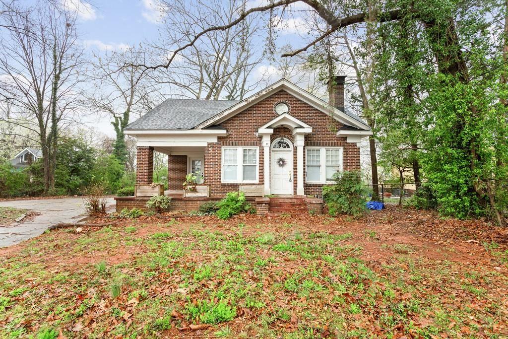 Photo of 90 Whitefoord Avenue NE, Atlanta, GA 30307 (MLS # 6863002)