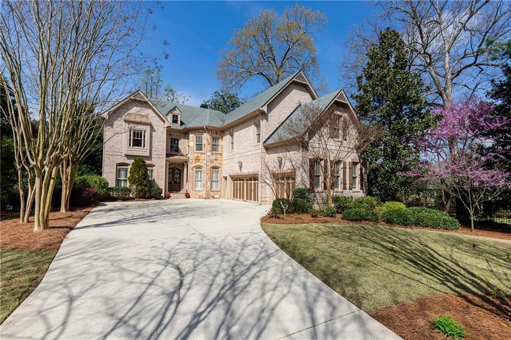 Photo of 3142 Ashford Dunwoody Road NE, Brookhaven, GA 30319 (MLS # 6699008)