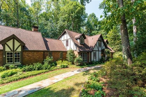Photo of 995 Ridge Tarn, Sandy Springs, GA 30350 (MLS # 6632009)
