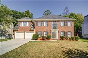 Photo of 3150 Crestmont Way NW, Kennesaw, GA 30152 (MLS # 6618010)