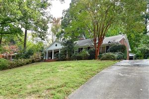 Photo of 923 Barton Woods Road NE, Atlanta, GA 30307 (MLS # 6639014)