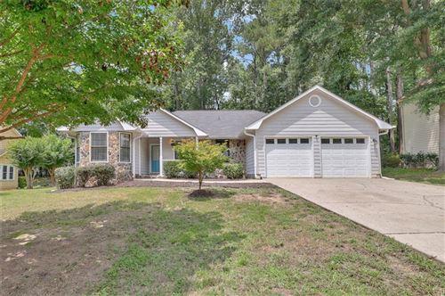 Photo of 2410 Southern Oak Drive SW, Marietta, GA 30064 (MLS # 6924016)
