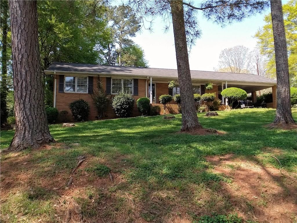 Photo of 3653 Hilldale Road, Gainesville, GA 30504 (MLS # 6867024)