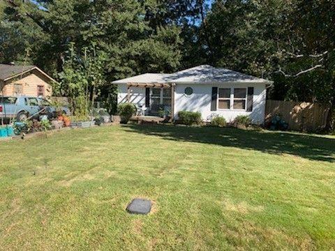 Photo of 8506 FAIRVIEW Drive, Douglasville, GA 30134 (MLS # 6960024)