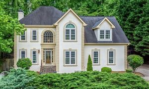 Photo of 5365 Hampstead Way, Johns Creek, GA 30097 (MLS # 6550039)