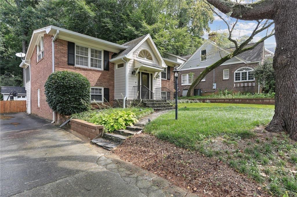 Photo of 818 Courtenay Drive NE, Atlanta, GA 30306 (MLS # 6939043)