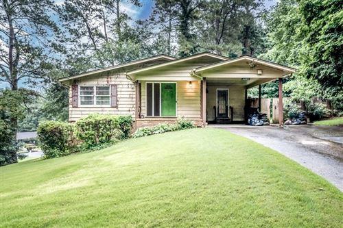 Photo of 6885 Sunny Brook Lane, Atlanta, GA 30328 (MLS # 6919046)