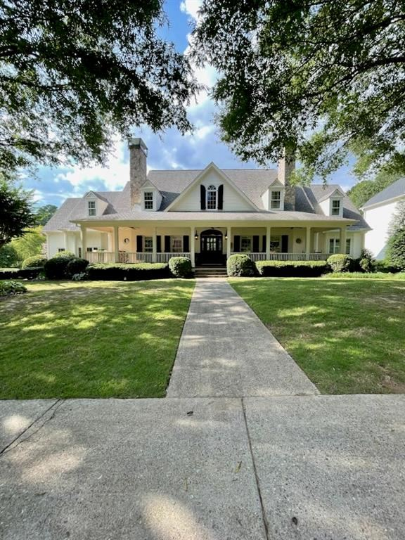 Photo for 1900 Grist Stone Court NE, Atlanta, GA 30307 (MLS # 6932064)