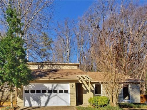 Photo of 10000 Lake Forest Way, Roswell, GA 30076 (MLS # 6664066)