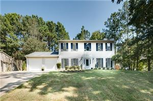 Photo of 566 Sherwood Grn, Stone Mountain, GA 30087 (MLS # 6621069)