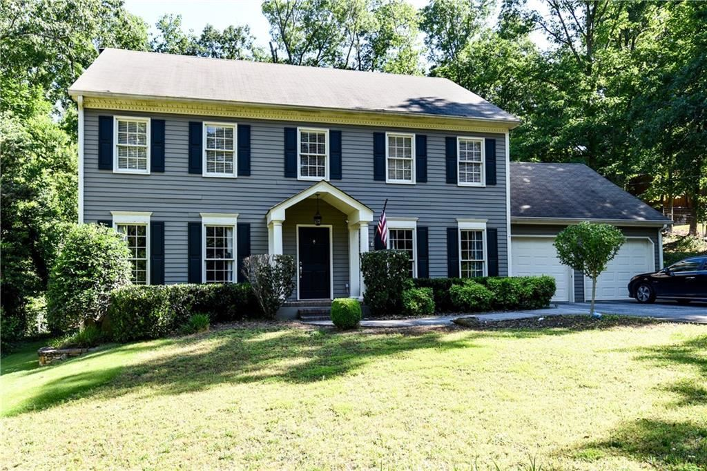 Photo for 3758 Woodsong Court, Dunwoody, GA 30338 (MLS # 6554070)