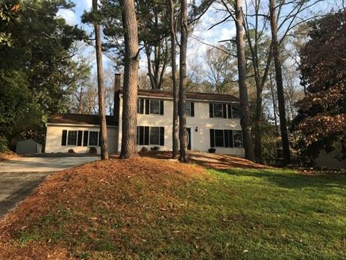 Photo of 125 N Pond Court, Roswell, GA 30076 (MLS # 6702073)