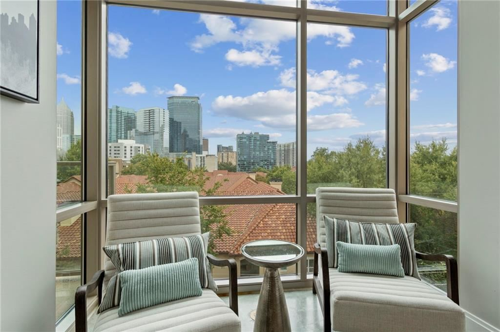 Photo for 905 Juniper Street NE #516, Atlanta, GA 30309 (MLS # 6798075)