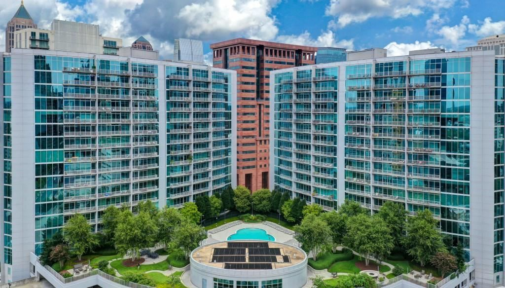 Photo for 950 W Peachtree Street NW #1011, Atlanta, GA 30309 (MLS # 6700087)