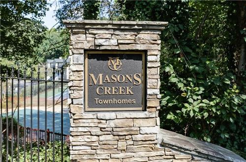 Photo of 1001 Masons Creek Circle, Sandy Springs, GA 30350 (MLS # 6703088)