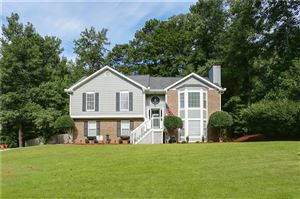 Photo of 1850 Huntington Hill Trace, Buford, GA 30519 (MLS # 6604089)