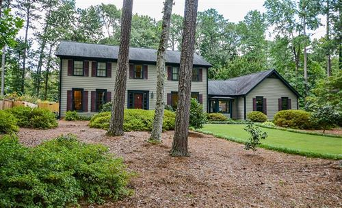 Photo of 11515 Strickland Road, Roswell, GA 30076 (MLS # 6762091)