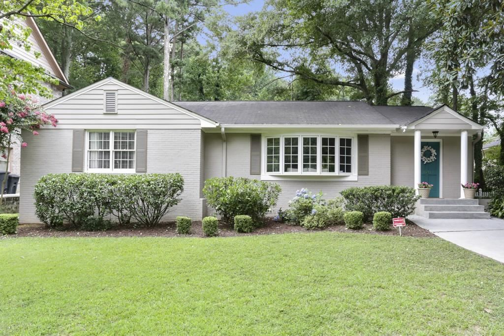 Photo for 1831 Canmont Drive NE, Brookhaven, GA 30319 (MLS # 6583101)