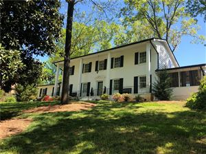 Photo of 835 Glenairy Drive, Sandy Springs, GA 30328 (MLS # 6539104)