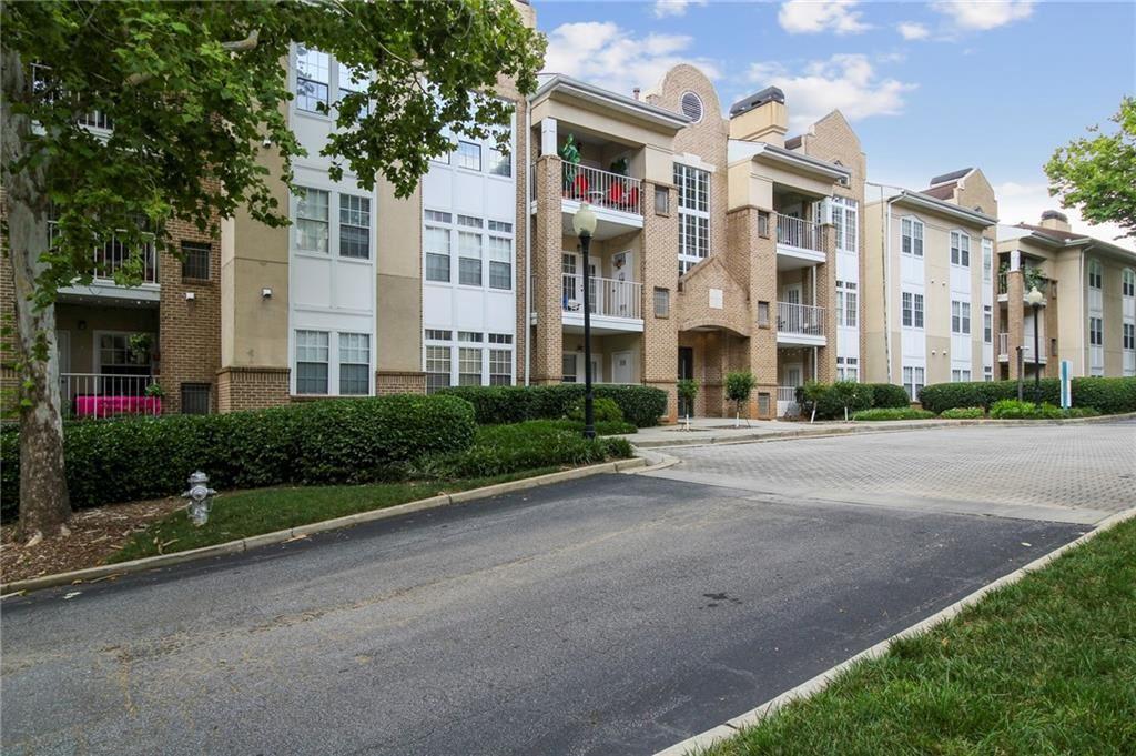 Photo for 220 Renaissance Parkway NE #1303, Atlanta, GA 30308 (MLS # 6914104)