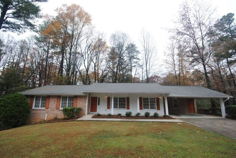 Photo for 4788 Kings Down Road, Dunwoody, GA 30338 (MLS # 6108112)