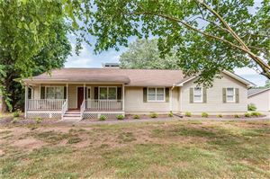 Photo of 4780 Countryside Drive, Flowery Branch, GA 30542 (MLS # 6562116)