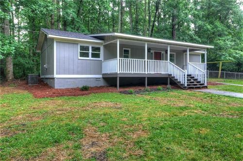 Photo of 950 Prickett Lane, Douglasville, GA 30134 (MLS # 6730121)