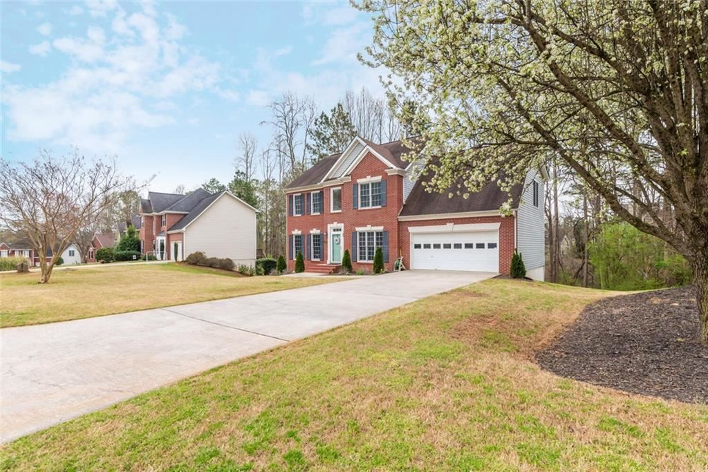 Photo of 5705 Shepherds Pond, Alpharetta, GA 30004 (MLS # 6865123)