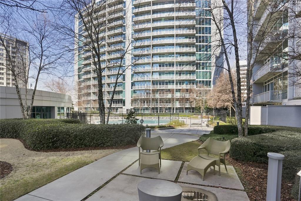 Photo for 44 Peachtree Place NW #621, Atlanta, GA 30309 (MLS # 6679124)