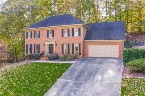 Photo of 9620 River Lake Drive Drive, Roswell, GA 30075 (MLS # 6704129)