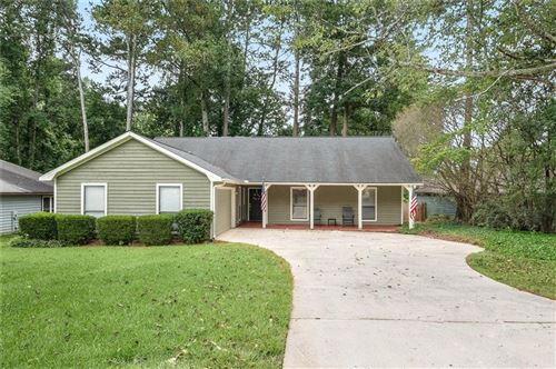 Photo of 9975 Lake Forest Way, Roswell, GA 30076 (MLS # 6761136)