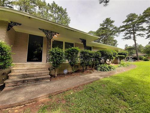 Photo of 621 Rowland Road, Stone Mountain, GA 30083 (MLS # 6750144)
