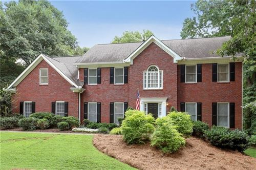 Photo of 405 Saddlebrook Drive, Roswell, GA 30075 (MLS # 6760161)