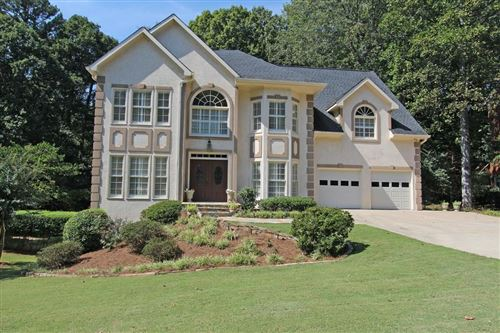 Photo of 3343 NE Trails End Road NE, Roswell, GA 30075 (MLS # 6686165)