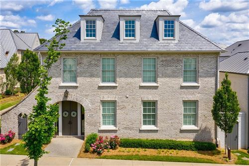 Photo of 209 N Esplanade, Alpharetta, GA 30009 (MLS # 6728165)