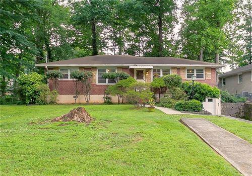 Photo of 829 Whelchel Drive, Decatur, GA 30033 (MLS # 6898171)